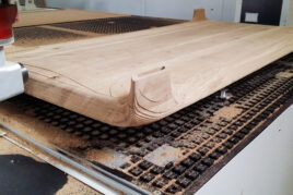 Frezowanie stołu drewnianego