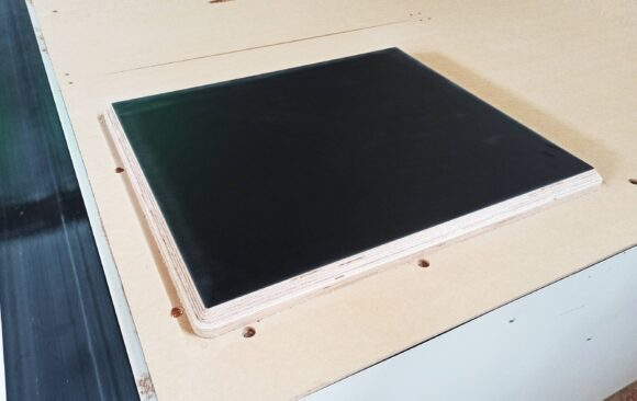Realizacje: Frezowanie blatu ze sklejki