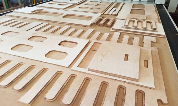 Realizacje: frezowanie CNC elementów zabudowy kampera