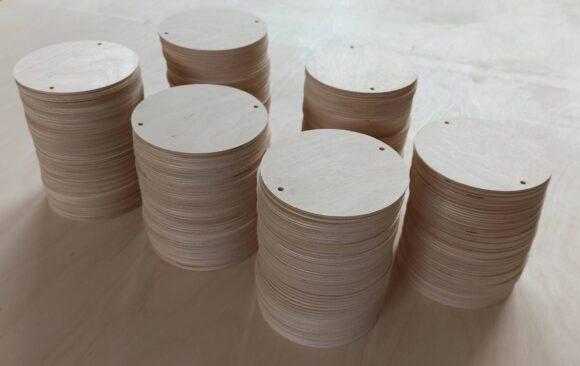 Realizacje: Frezowanie CNC kształtów ze sklejki